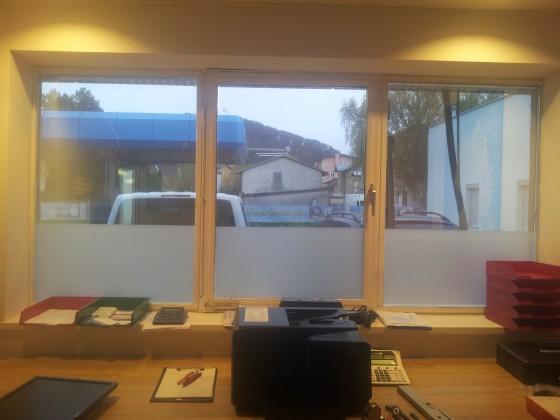 Hitzeschutz mit Sichtschutz kombiniert